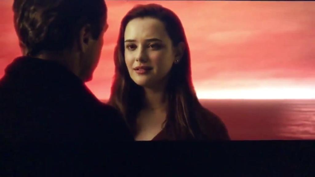 Avengers Endgame, Robert Downey Junior pubblica una scena tagliata su Twitter dell'iconico schiocco di dita.